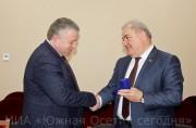 Доменти Кулумбегов принял делегацию из Абхазии