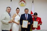 Анатолий Бибилов поздравил югоосетинских музыкантов с успешным выступлением в Юрмале