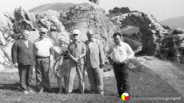 Историческое фото  снятое в  70-годы в святилище Джер!