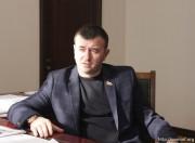 Время выбора: в Южной Осетии депутатам предложили определиться с местом работы