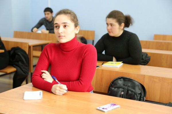 В новом комплексе ЮОГУ начался учебный процесс (Фоторепортаж)