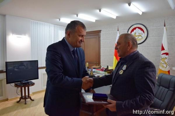 Президент Южной Осетии назначил нового главу Дзауского района республики