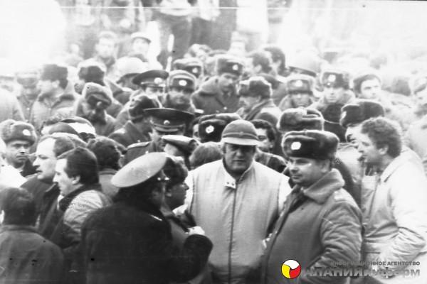 Все фото Макиева Тамаза снятые 23 ноября 1989г.  Публикуются впервые!
